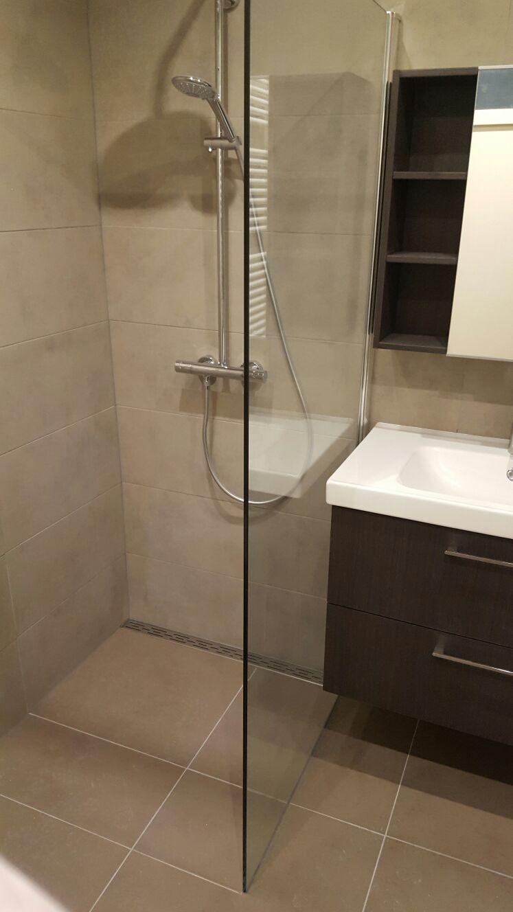 Oplevering badkamer oud pand Amsterdam