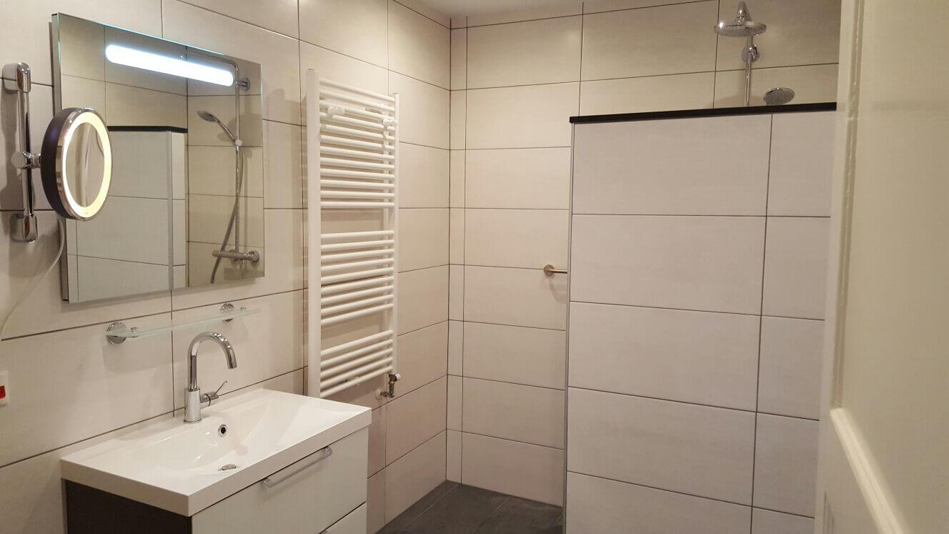 Senior badkamer geheel verzorgt