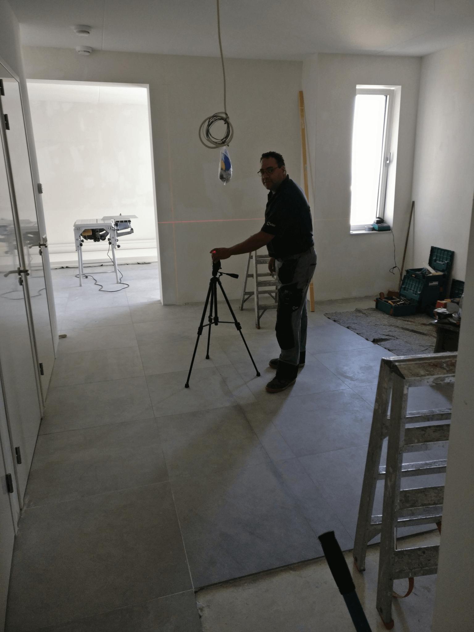 Extra kamer maken door schuifwand op de Zuidas