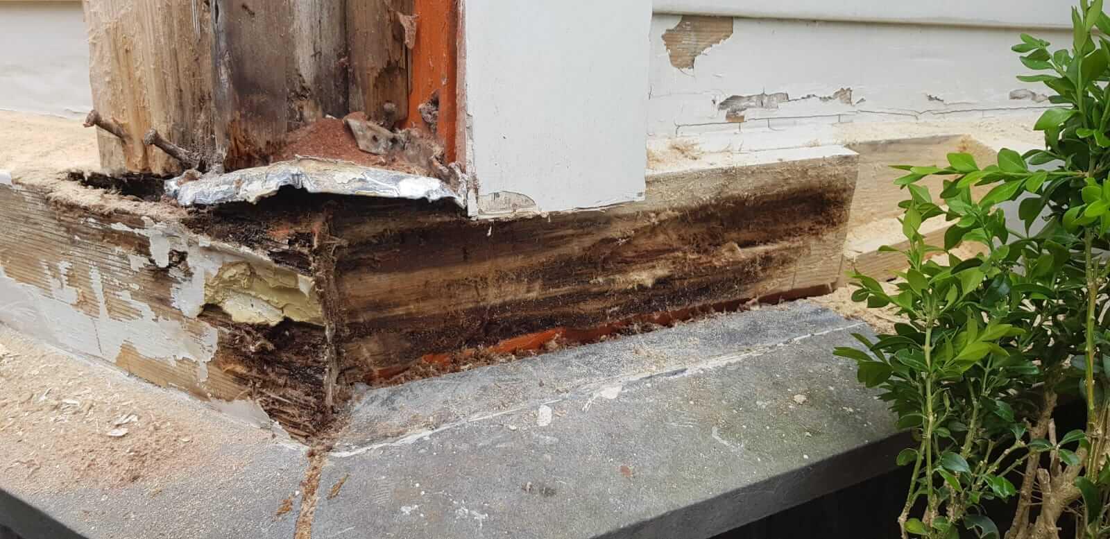 Houtrot  reparatie klassiek timmerwerk en kozijnen herstellen